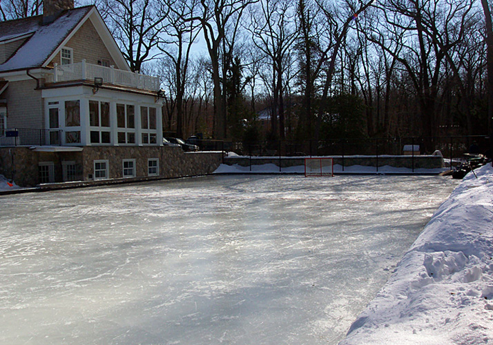 60' x 120' Permanent outdoor rink with 4 RinkMate chillers.
